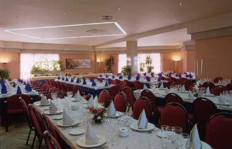 Area Manzanil - Restaurant - 2
