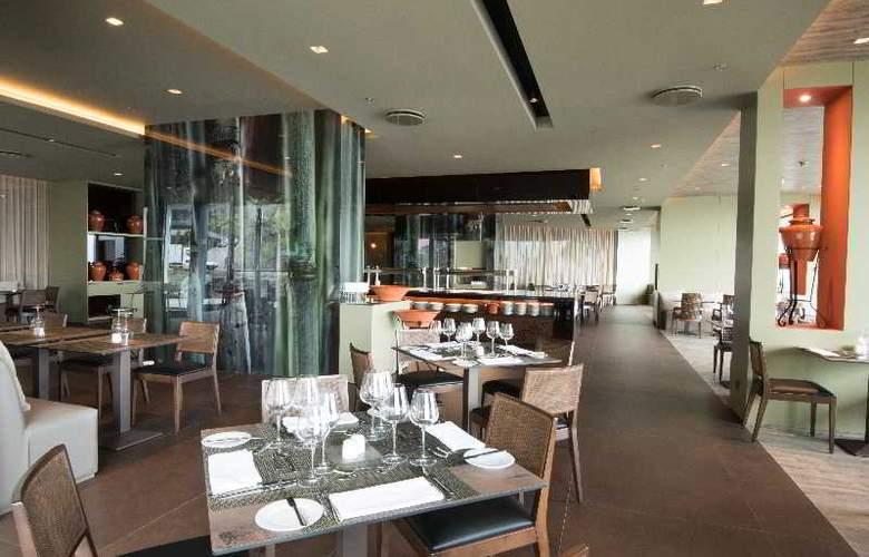 Savoy Saccharum Resort & Spa - Restaurant - 15