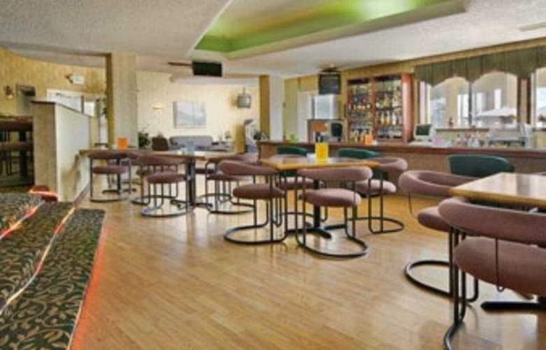 Ramada Denver Midtown - Restaurant - 6