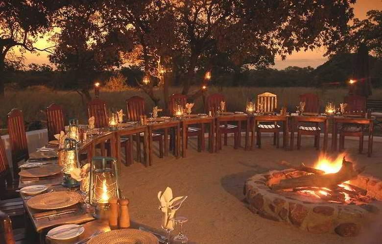 Jackalberry Lodge - Restaurant - 0