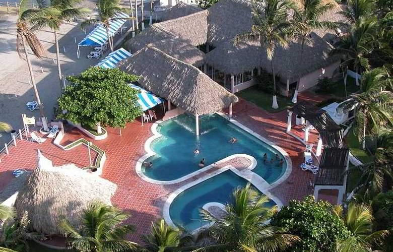 Playa Paraiso - Pool - 8