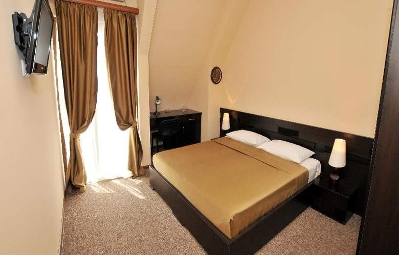 Diplomat Hotel - Room - 32