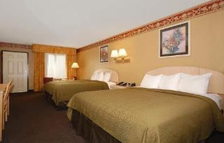 Quality Inn & Suites Ft. Jackson Maingate - Room - 5