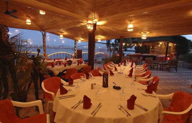 De La Poste - Restaurant - 10