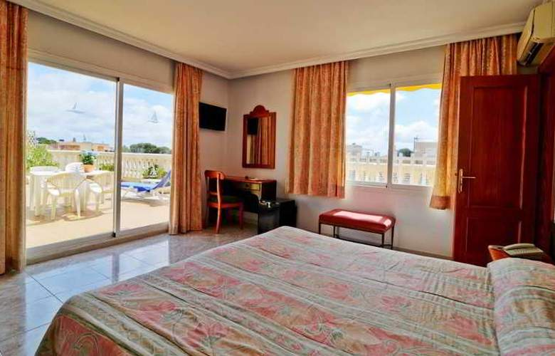 Amoros Hotel - Room - 14