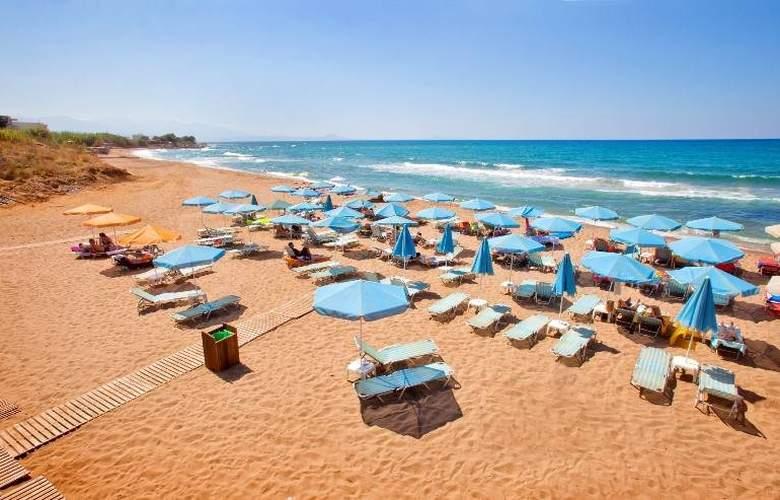 Dedalos Beach Hotel - Beach - 11
