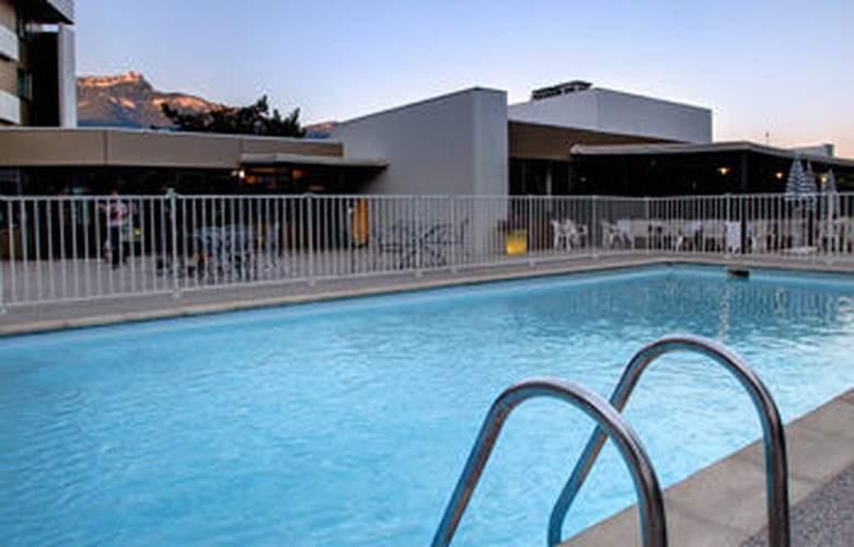 Best Western Alexander Park - Pool - 1