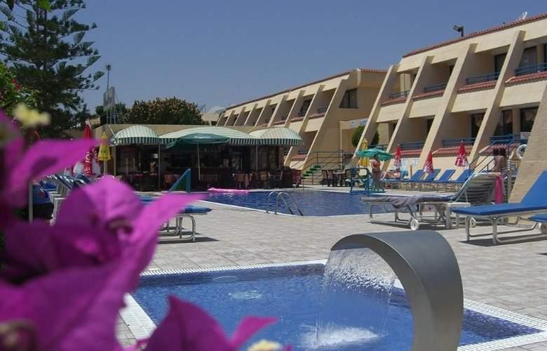 Napa Prince Hotel Apartments - Hotel - 7