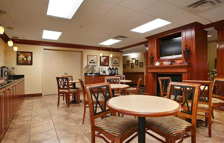 Best Western Plus Strawberry Inn & Suites - Restaurant - 24
