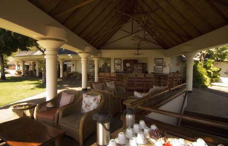 Ilala Lodge - Bar - 3