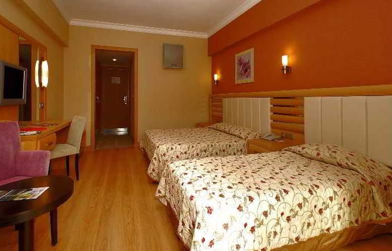 Grand Pasa Hotel - Room - 16