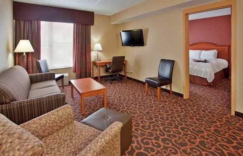 Hampton Inn Deadwood at Four Aces Casino - Hotel - 9