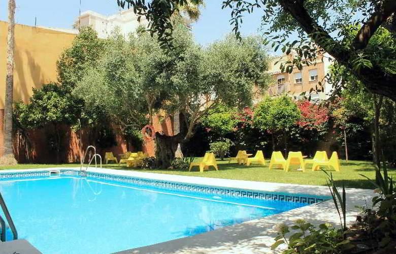 AACR Monteolivos - Pool - 16