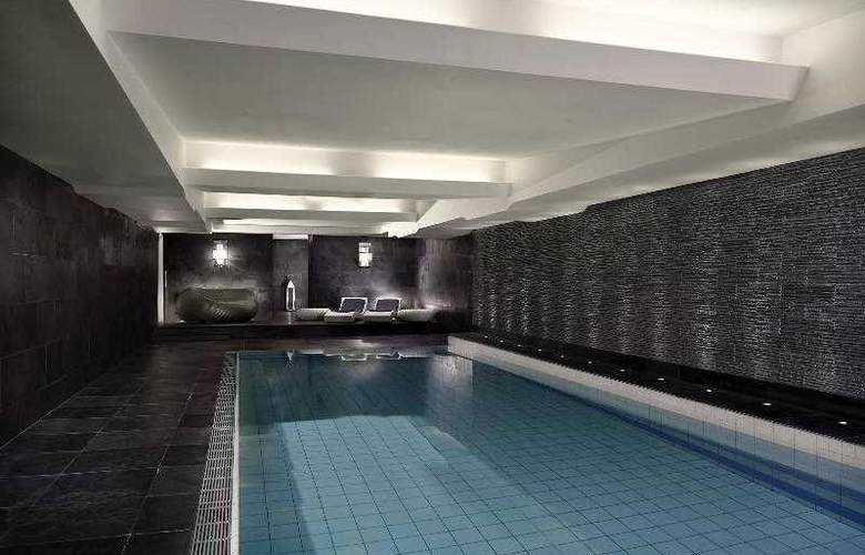 Bristol a Luxury Collection Hotel - Pool - 21