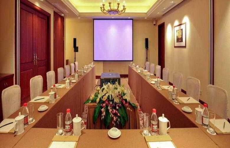 Rose Garden Resort - Conference - 9