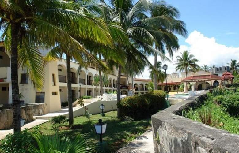 El Castillo - Hotel - 1