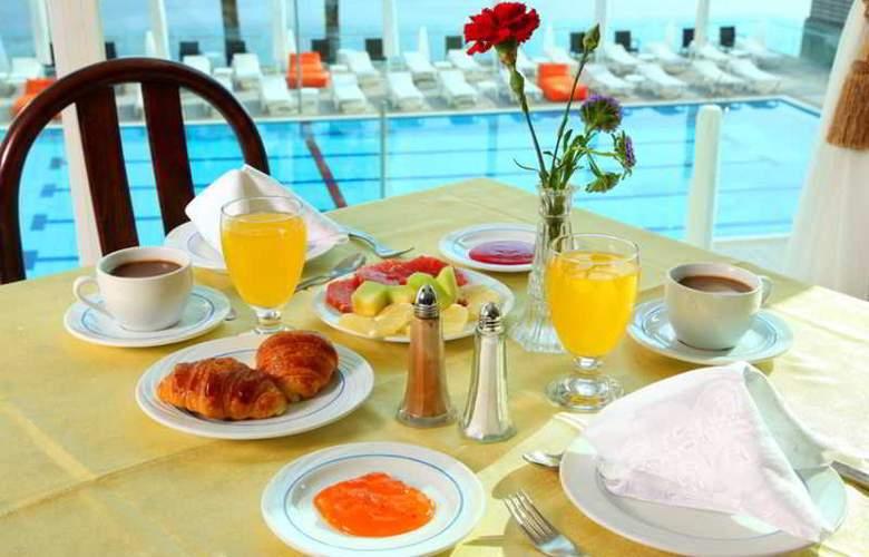 Golan Hotel Tiberias - Terrace - 5