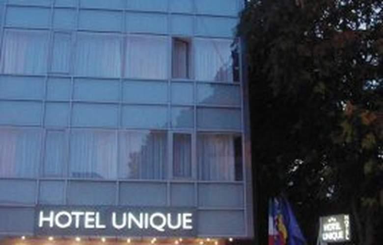 Unique - Hotel - 0