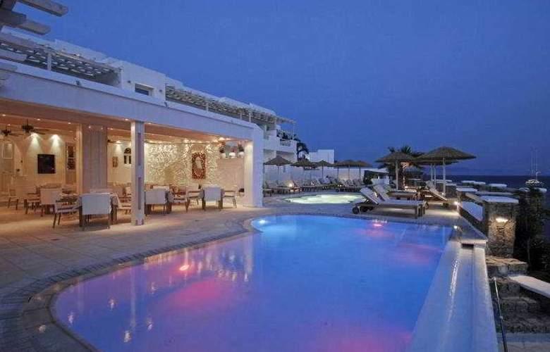 Nissaki Boutique Hotel - Pool - 9
