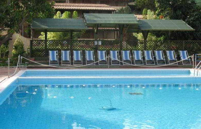 Villaggio L'olivara - Pool - 4