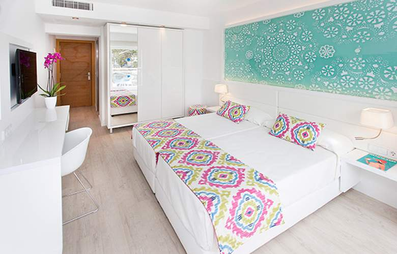 Grupotel Ibiza Beach Resort - Room - 1