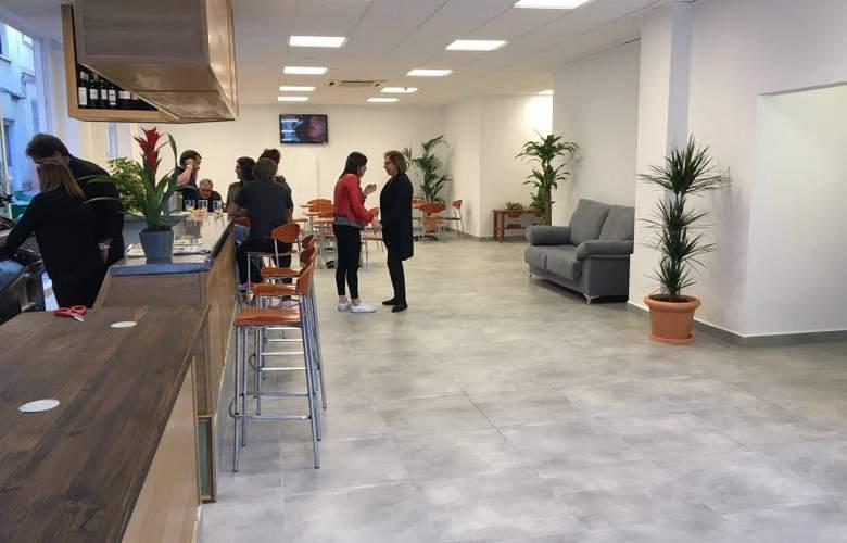 Benidorm City Centre - Bar - 11