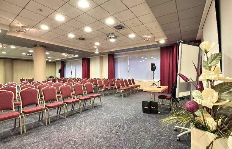 Holiday Inn Belgrade - Conference - 16