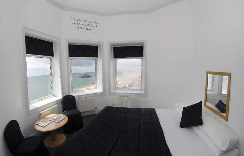 Umi Brighton - Room - 4