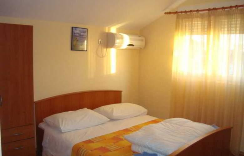 Villa Luketa - Room - 27