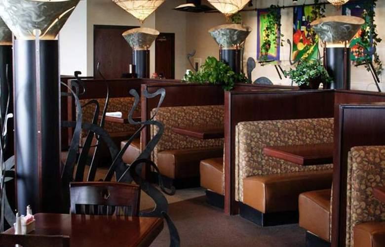 Four Points by Sheraton Oklahoma City Airport - Restaurant - 10