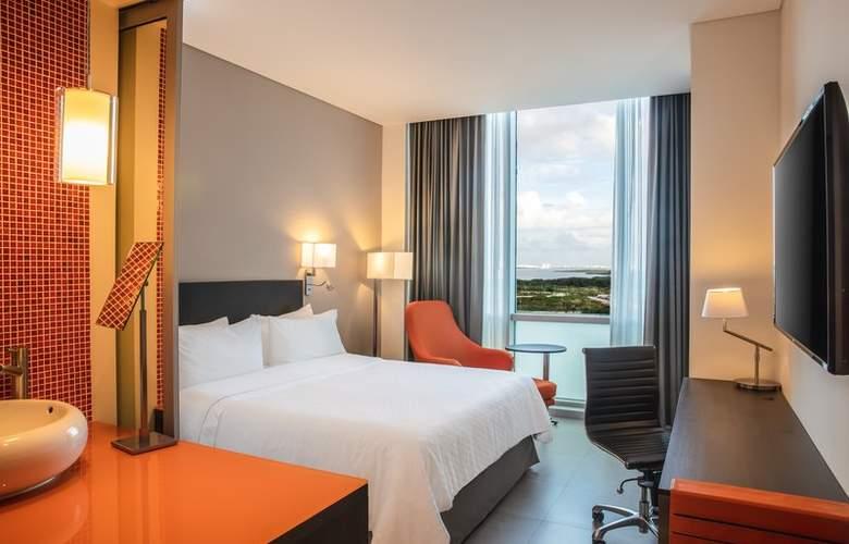 Fiesta Inn Cancun Las Americas - Room - 2