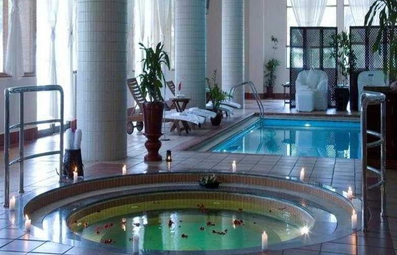 Vinpearl Resort - Pool - 4