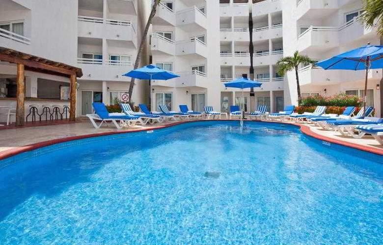 Holiday Inn Cancun Arenas - Pool - 23