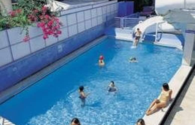 Sea Bird Hotel - Pool - 3