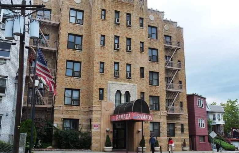 Ramada Jersey City - Hotel - 1