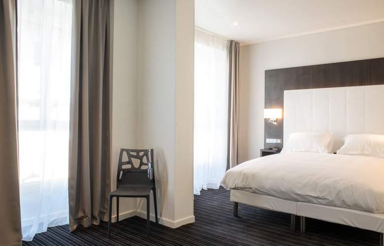 64 Nice - Room - 4