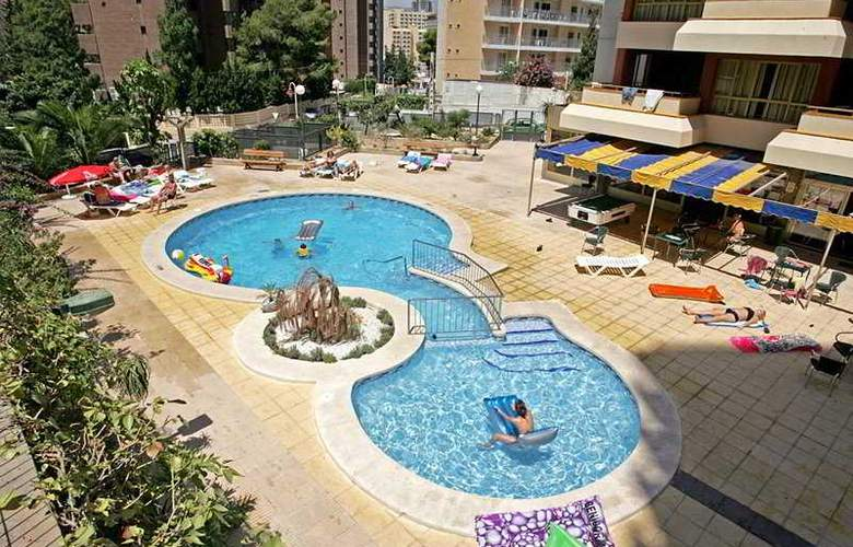 Picasso - Pool - 7