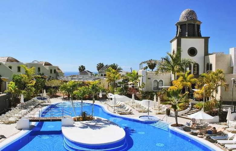 Hotel Suites Villa Maria - Pool - 23
