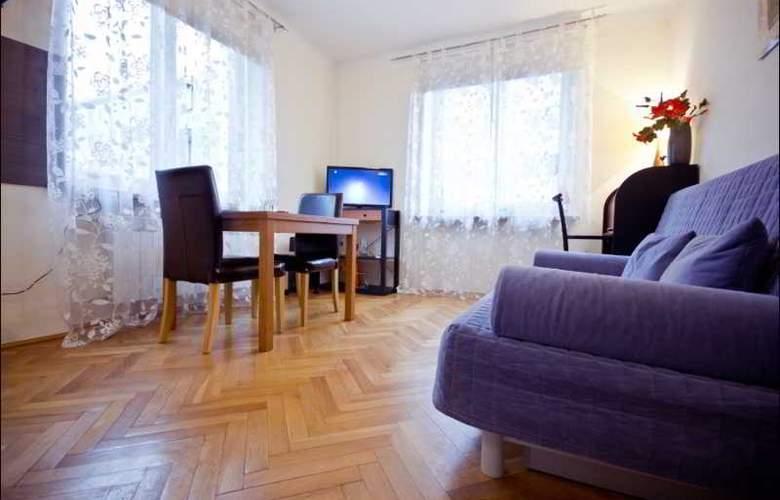 P&O Apartments Elektoralna - Room - 8
