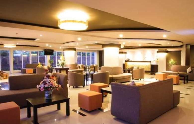The Kana Kuta Hotel - General - 10