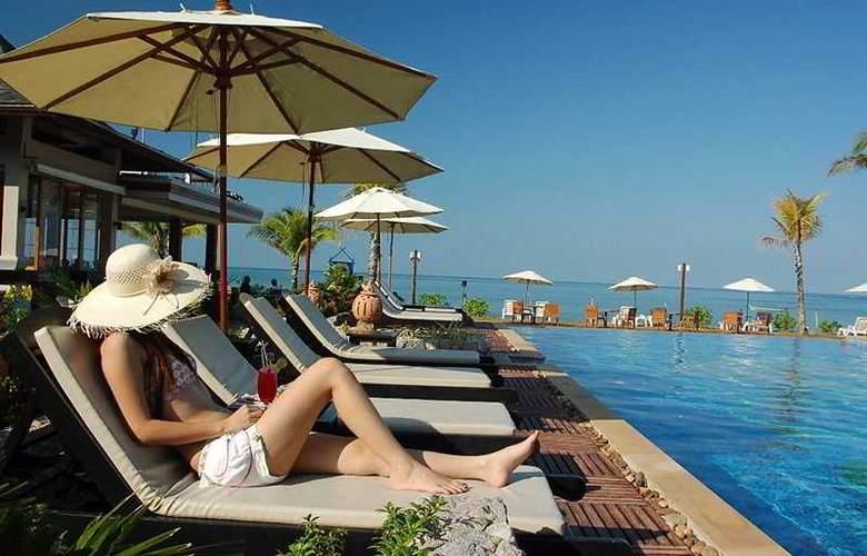 La Flora Resort & Spa - Pool - 6