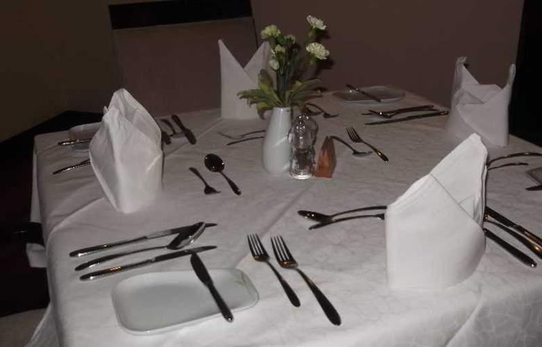 The Boma Nairobi - Restaurant - 1