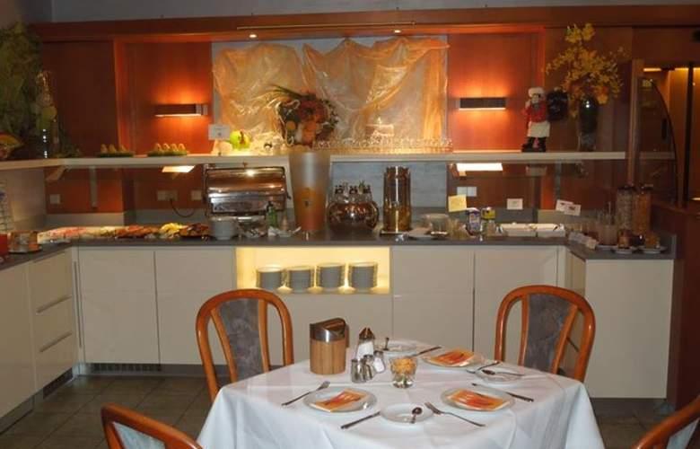 Wartburg - Restaurant - 8