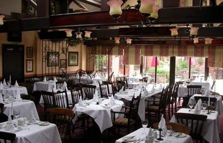 Ramada Resort Grantham - Restaurant - 9