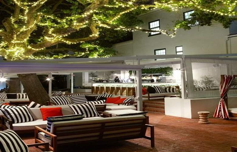 The Alphen Country House Hotel - Terrace - 9
