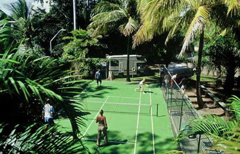 Island Gateway Holiday Park - Sport - 6