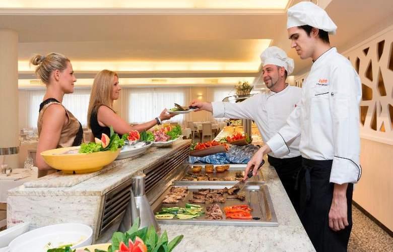 HSM Golden Playa - Restaurant - 33