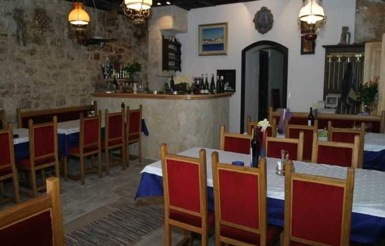 Tragos - Restaurant - 8