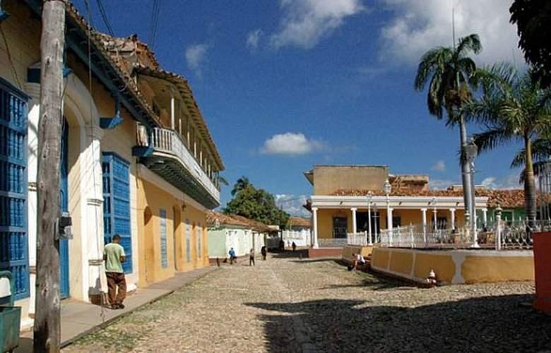 Hostal Casa Sotolongo - Hotel - 2