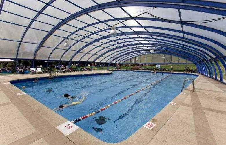 Hacienda Forestview - Pool - 6